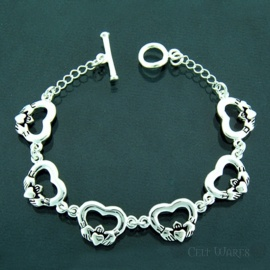 Claddagh Heart Toggle Bracelet