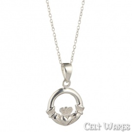 Claddagh Pendant (Closed Crown)