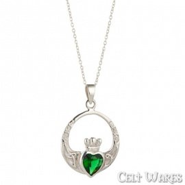 Large Emerald Claddagh Pendant