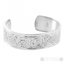 Pewter Bangle - Circled Celtic Knots