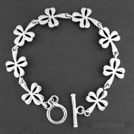 Shamrock Bracelet with Toggle Clasp